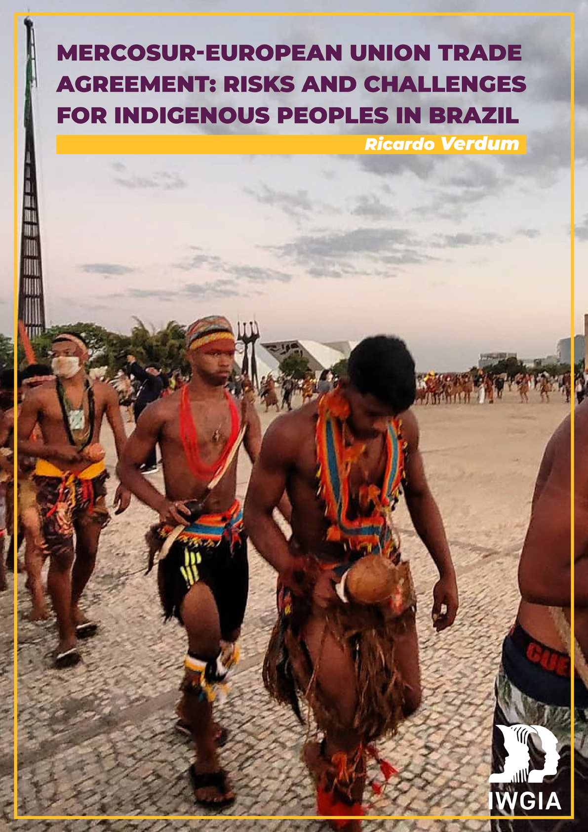 Indigenous Peoples protesting in front of Brazilian high court